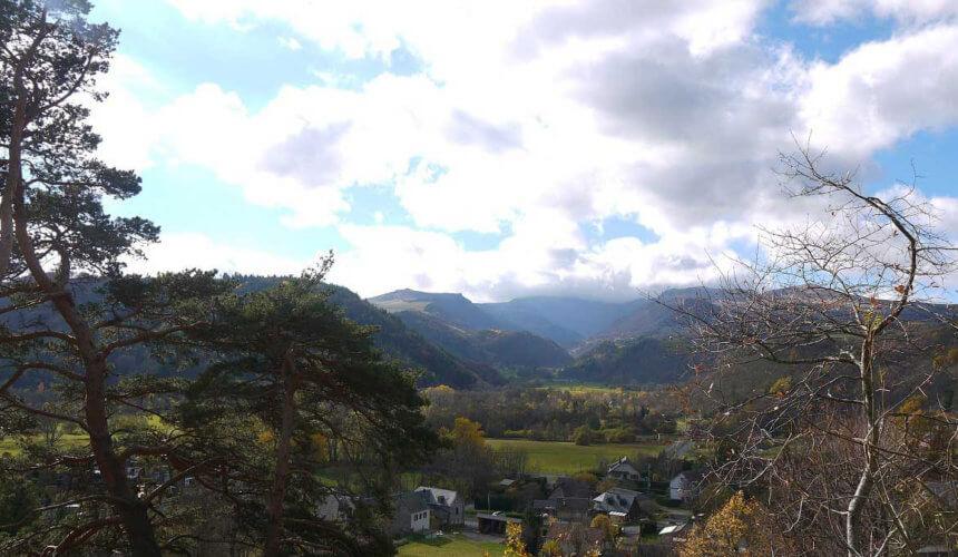 Vue de la terrasse, sur la vallée